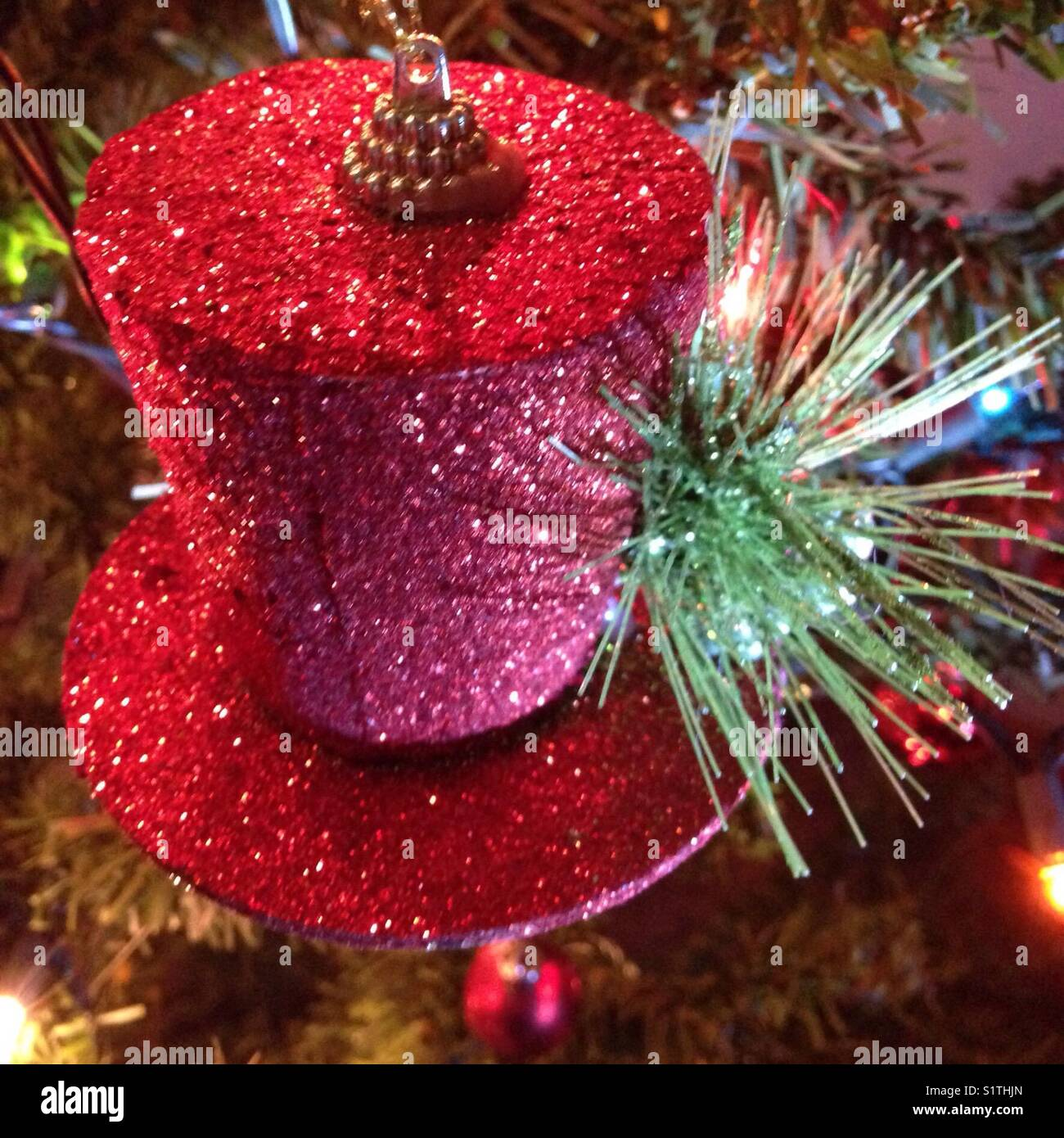 Christmas Top Hat Ornaments.Top Hat Christmas Tree Ornament Stock Photo 310941981 Alamy