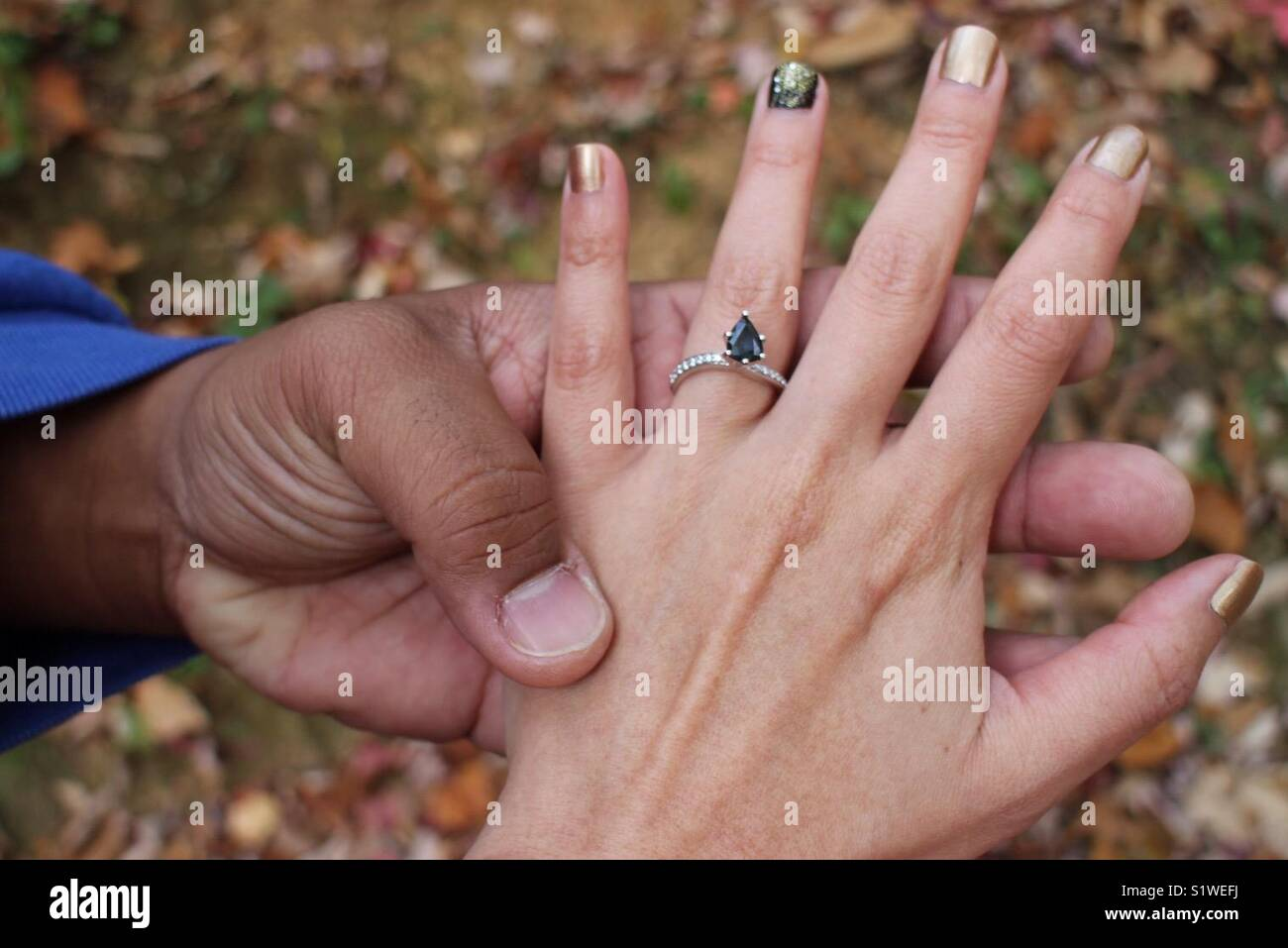 Blue Sapphire Ring Stock Photos & Blue Sapphire Ring Stock Images ...