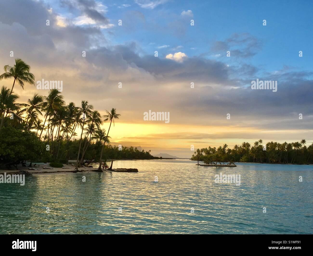 Sunset Taha'a over Bora Bora, French Polynesia - Stock Image