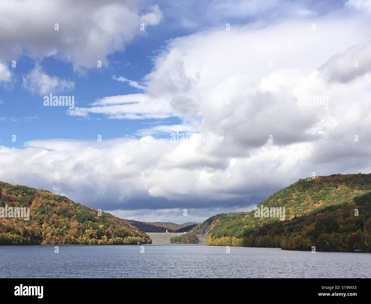 Lake during fall foliage - Stock Image