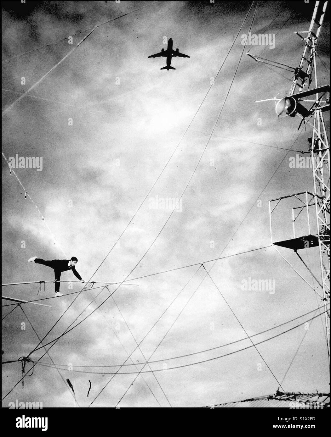Wire Walker Stock Photos & Wire Walker Stock Images - Alamy