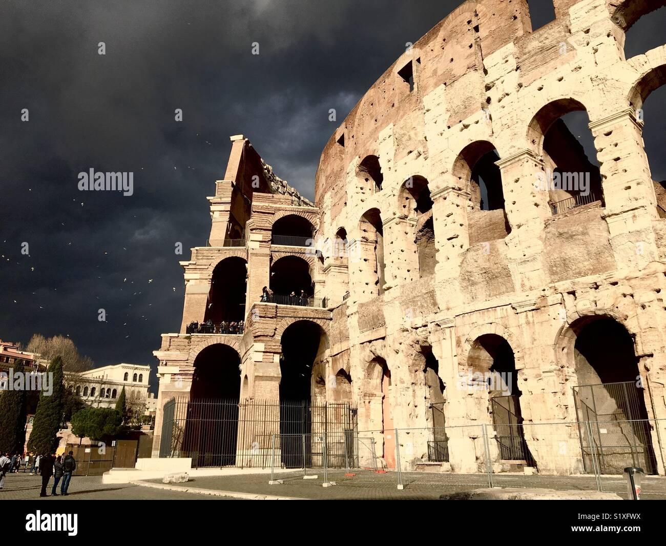 Dark Rome Sky Stock Photos & Dark Rome Sky Stock Images - Alamy