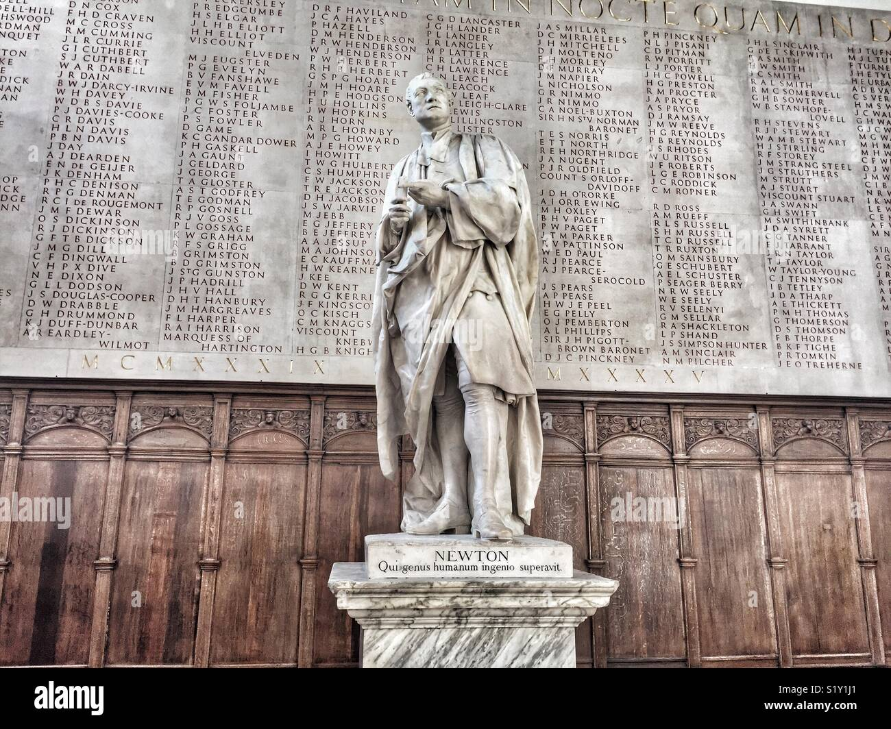 Statue of Isaac Newton in Trinity College Chapel, Cambridge University - Stock Image