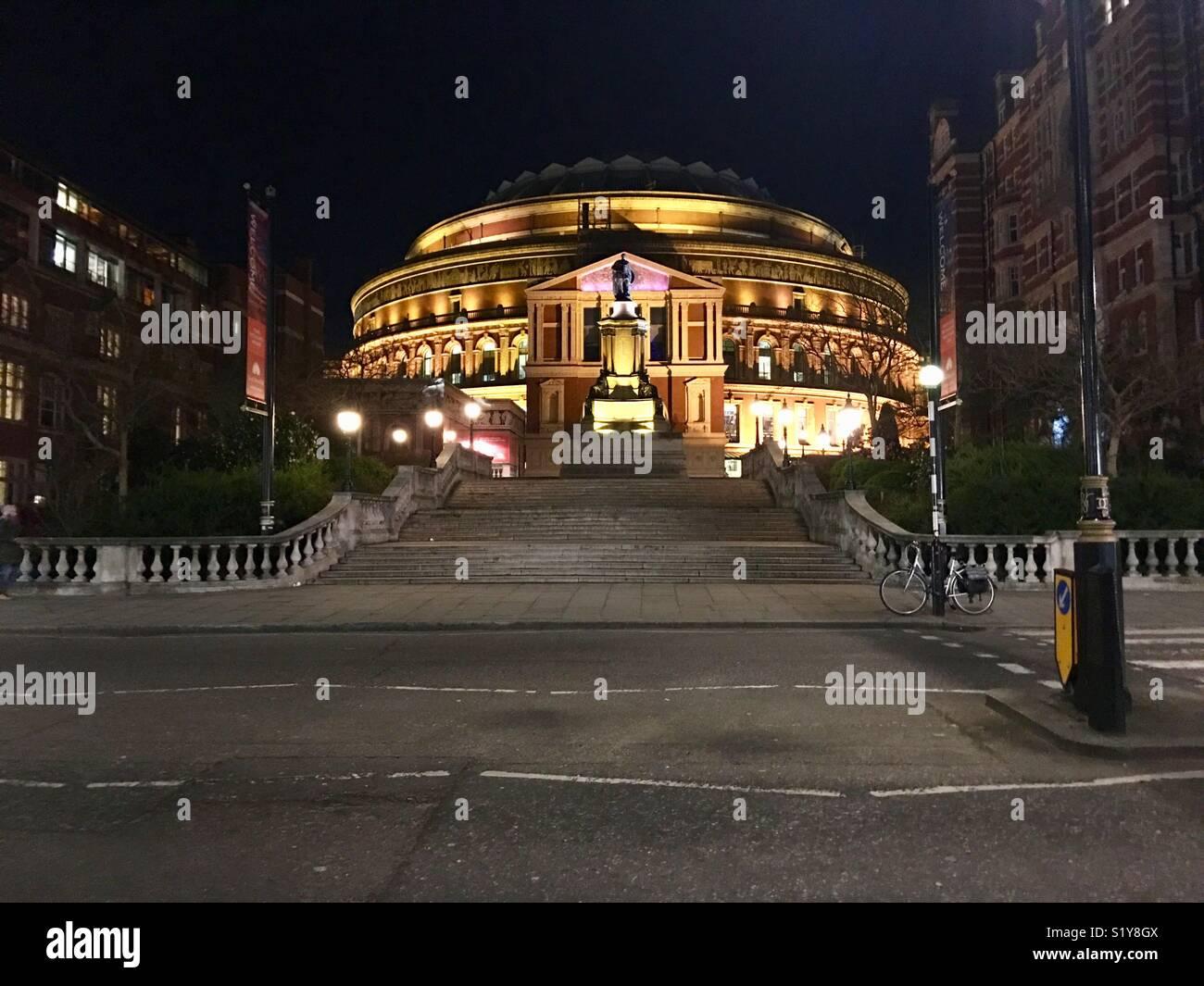 The royal Albert Hall at night - Stock Image