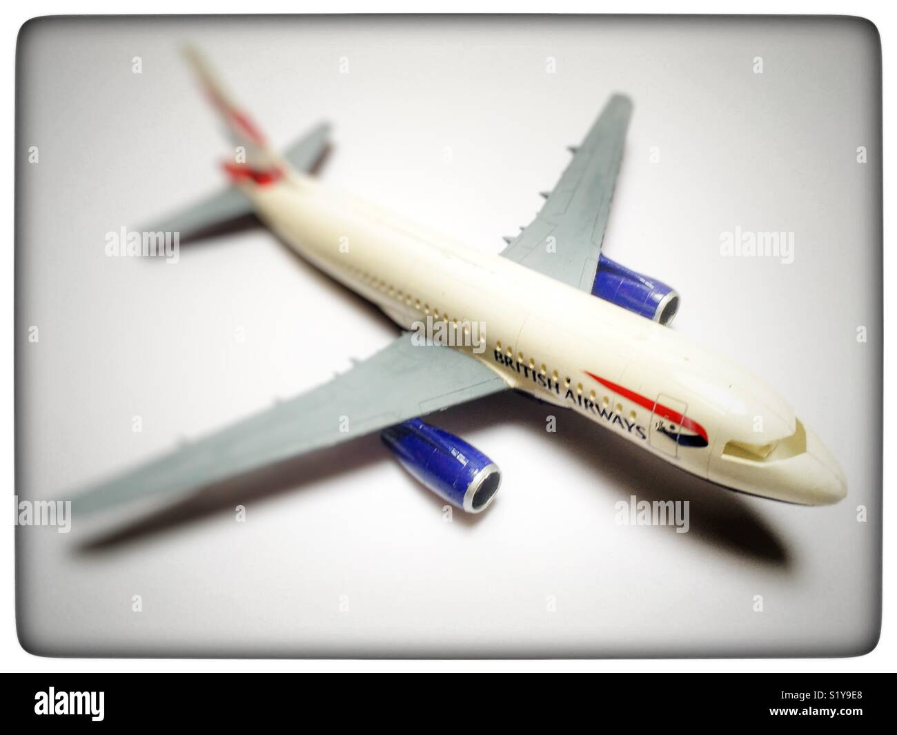 Revell 1:144 scale Airbus A319 British Airways model aircraft - Stock Image