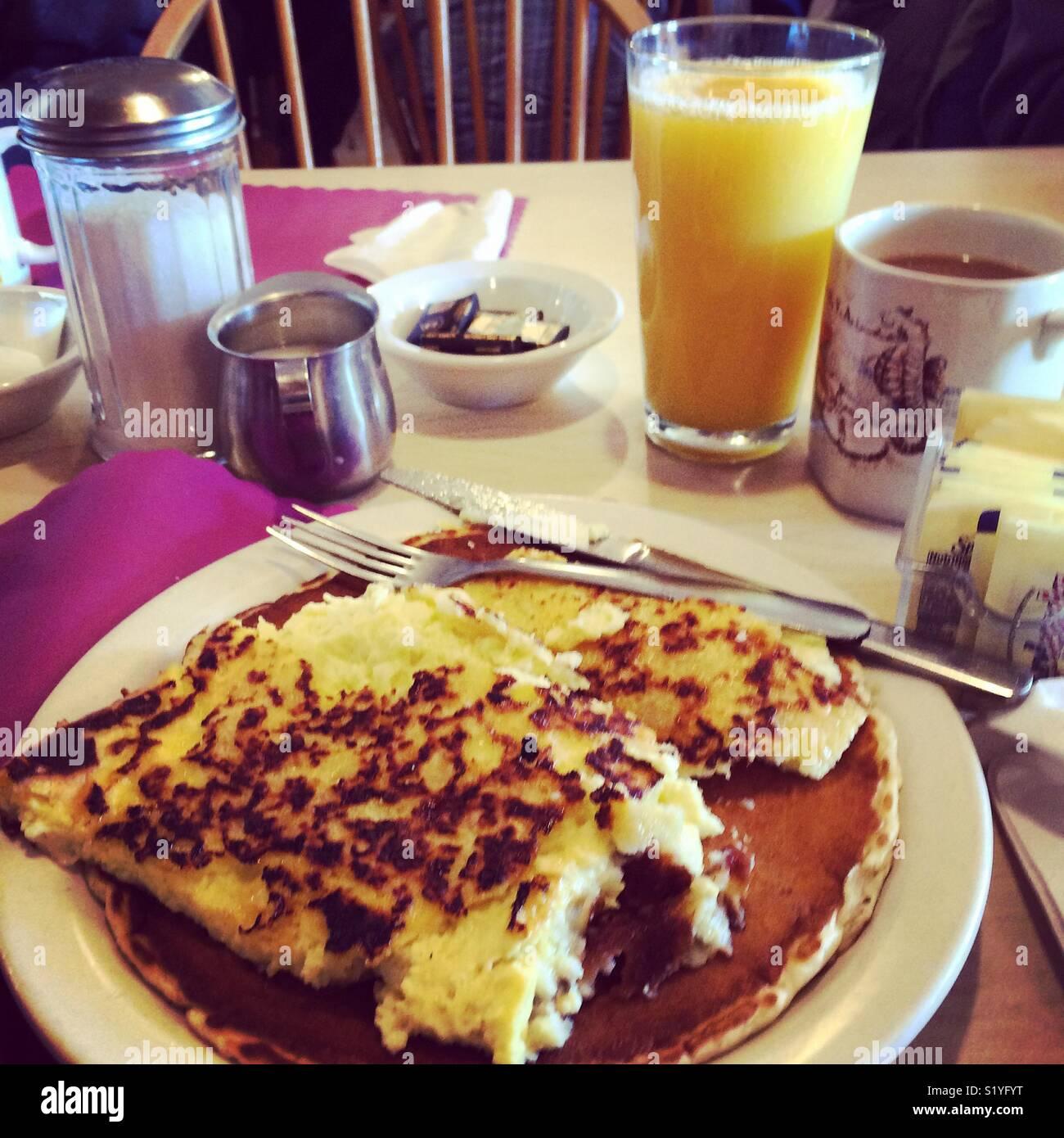 Breakfast at Davenport Maple Farm, Shelburne, Massachusetts - Stock Image