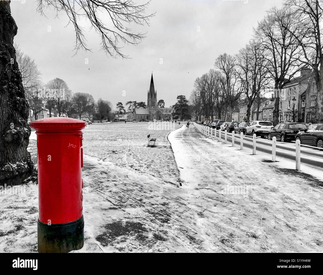 Church Green in Witney with a dusting of snow. - Stock Image