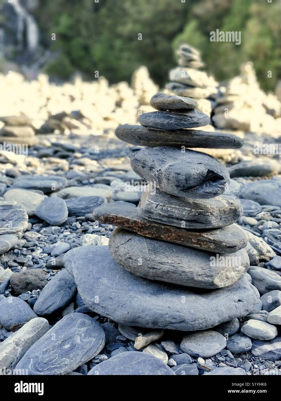 Stacking rocks in nature Stock Photo: 311007850 - Alamy