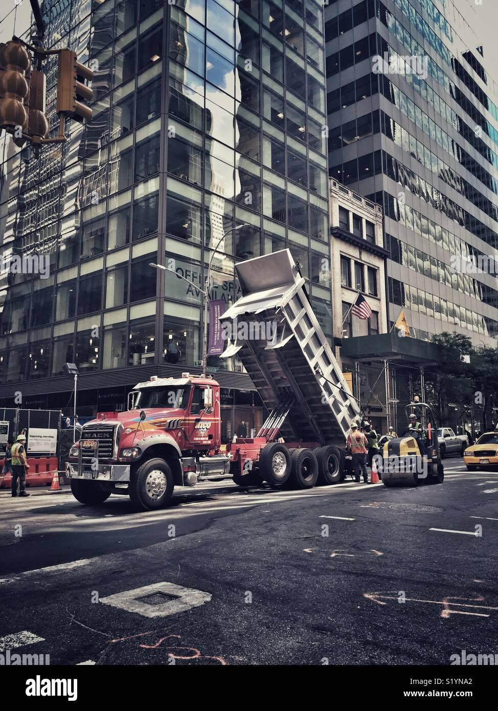 New york, USA, Truck in street. - Stock Image