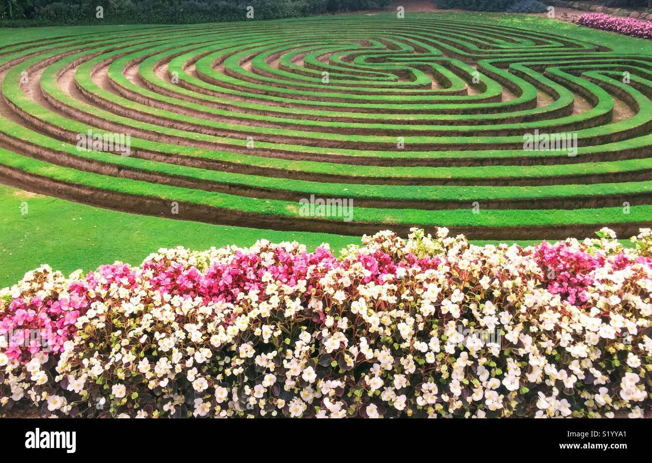 Garden Maze Stock Photos & Garden Maze Stock Images - Alamy on