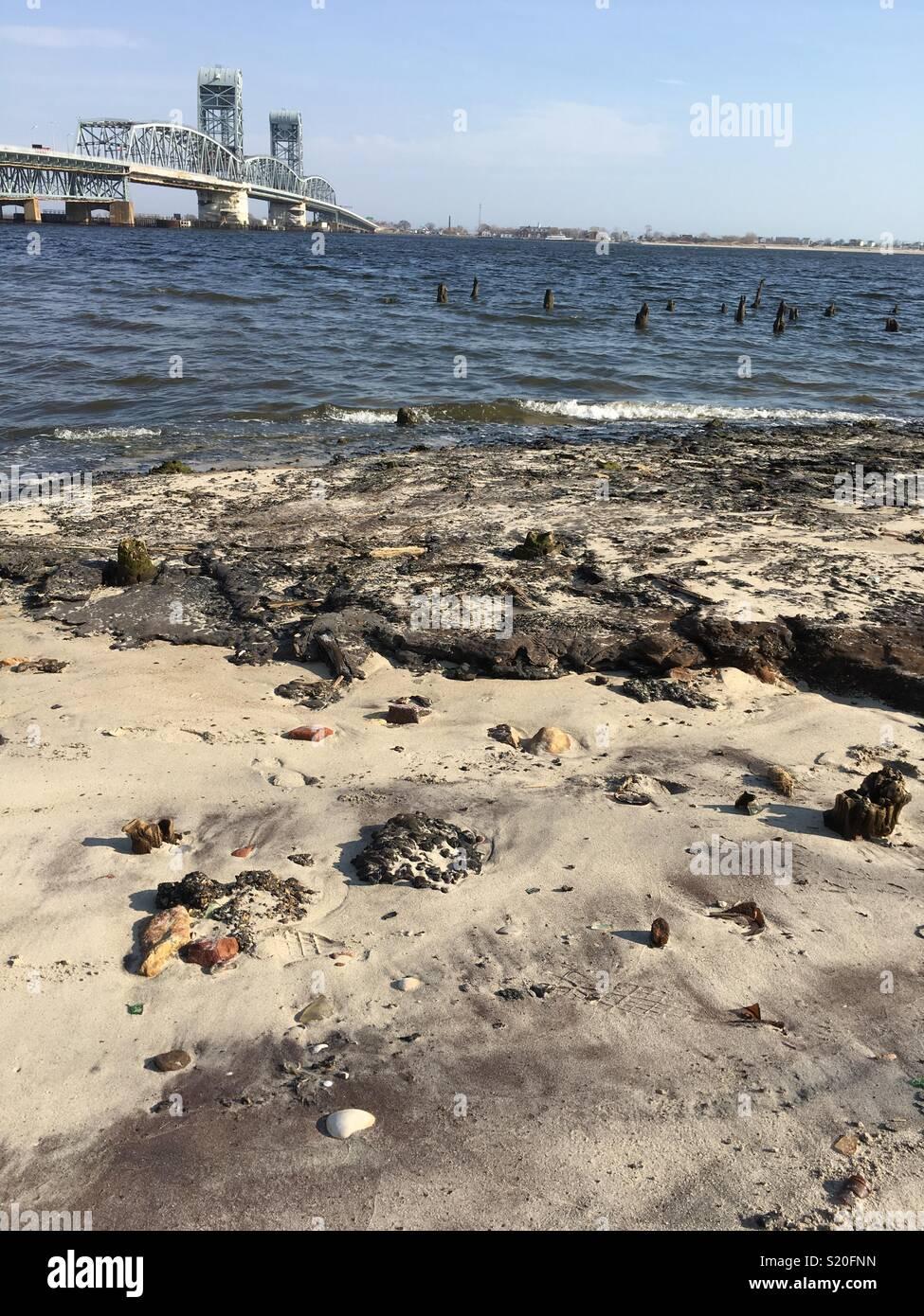 Deadhorse Bay in New York former landfill bottle dump - Stock Image