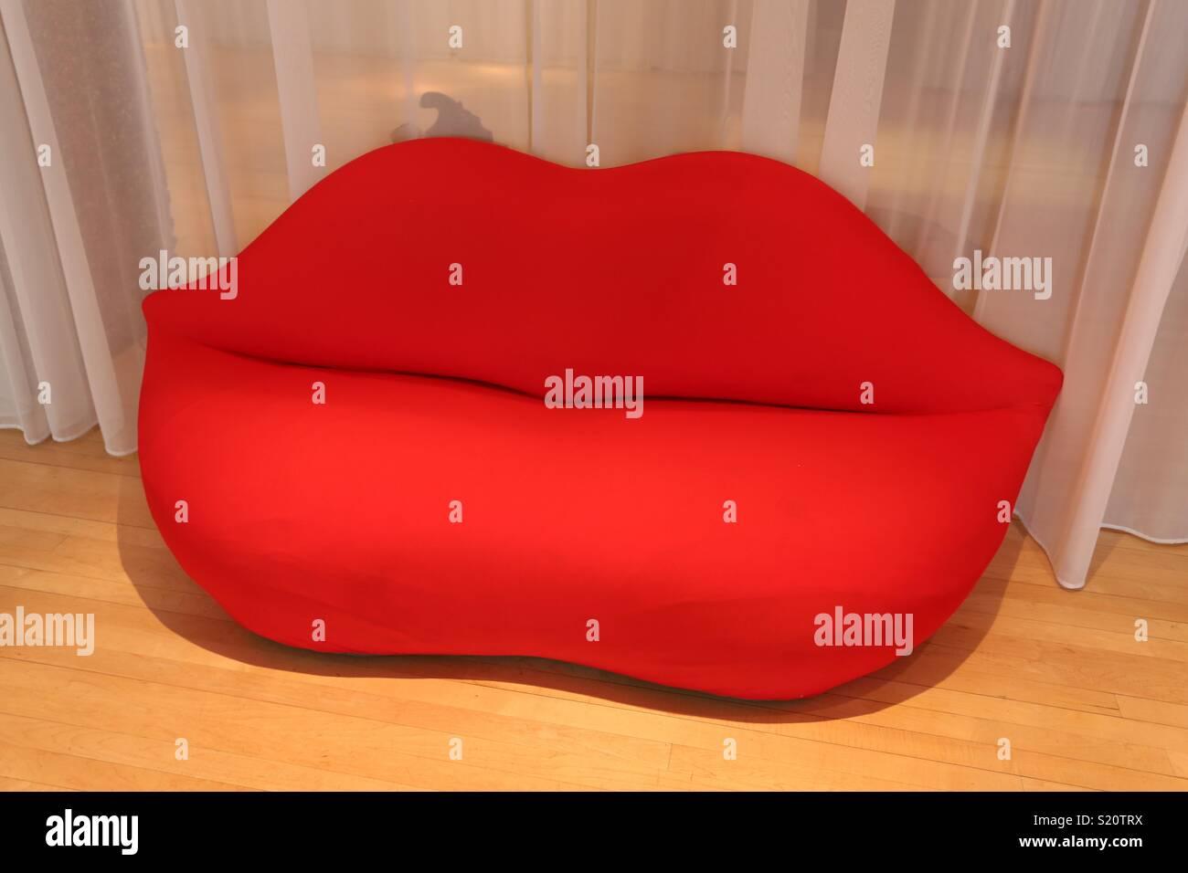 Red Lips Sofa   Stock Image