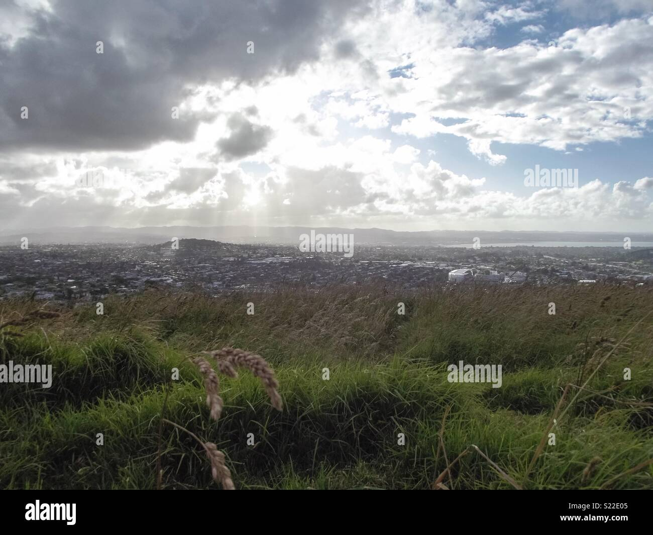 View from the top of Mt Eden in Auckland, New Zealand. - Stock Image