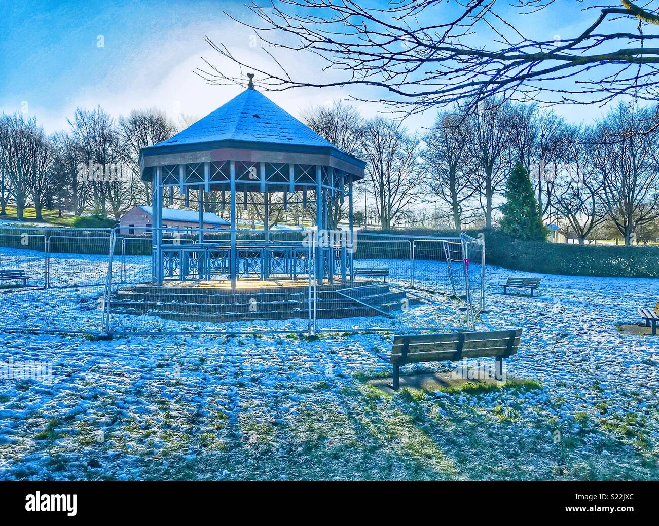 Disused bandstand - Stock Image