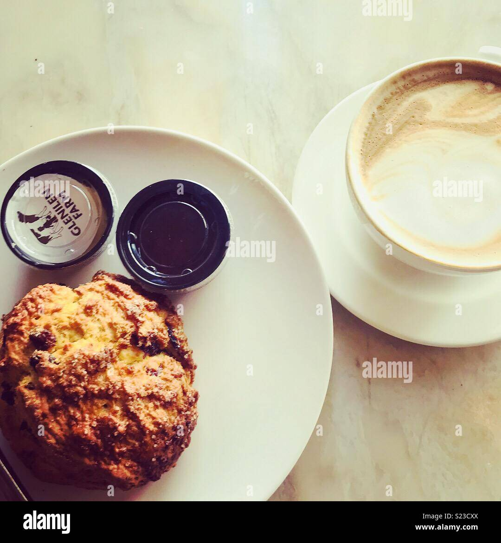 Coffee break at Dollard and Co Dublin - Stock Image