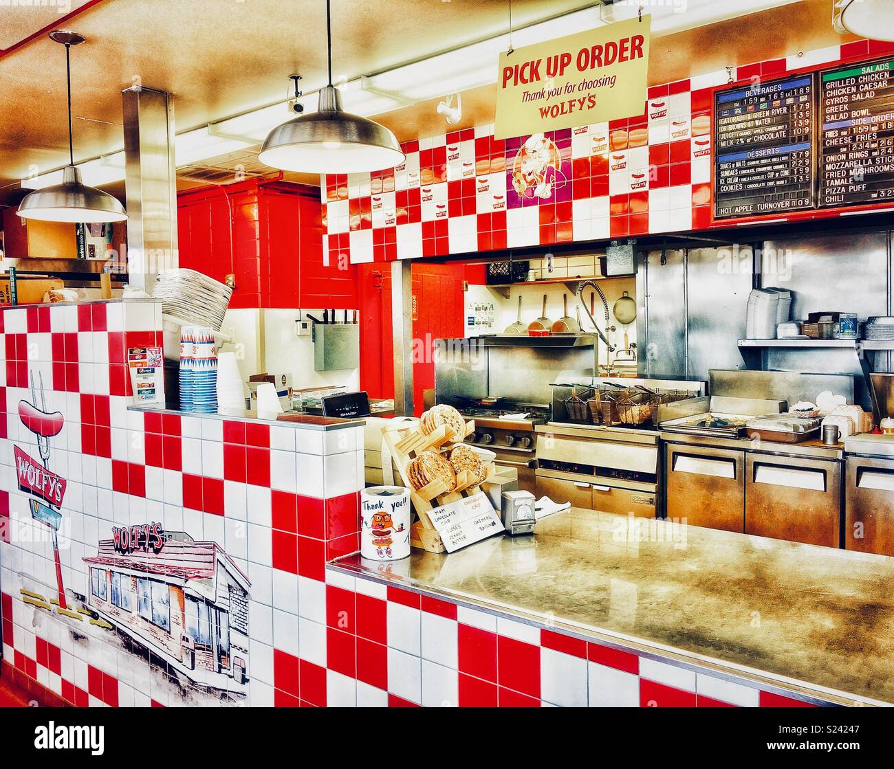 Inside of Wolfy's Hot dog joint in Chicago - Stock Image