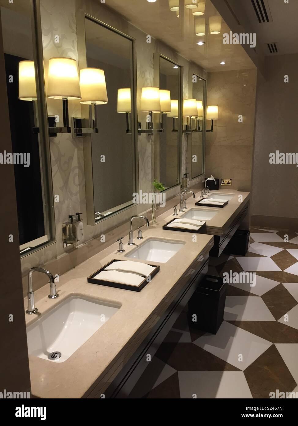 Elegant posh bathroom - Stock Image