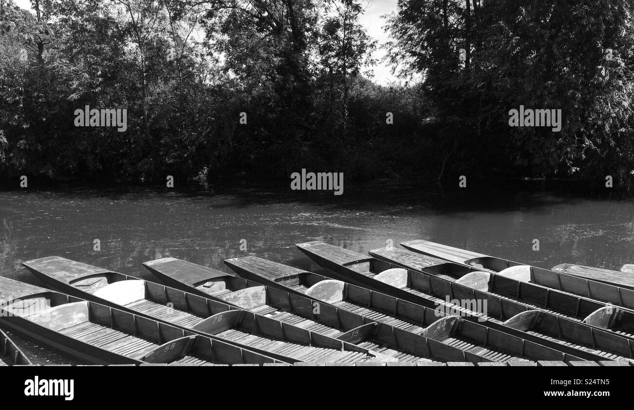 Oxford punts on the Thames in black and white - Stock Image