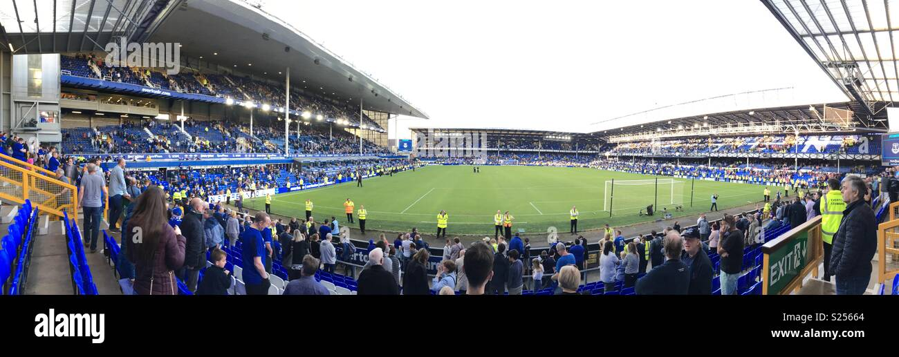 Fans wait for the Everton players lap of appreciation end of season 2017/18 Stock Photo