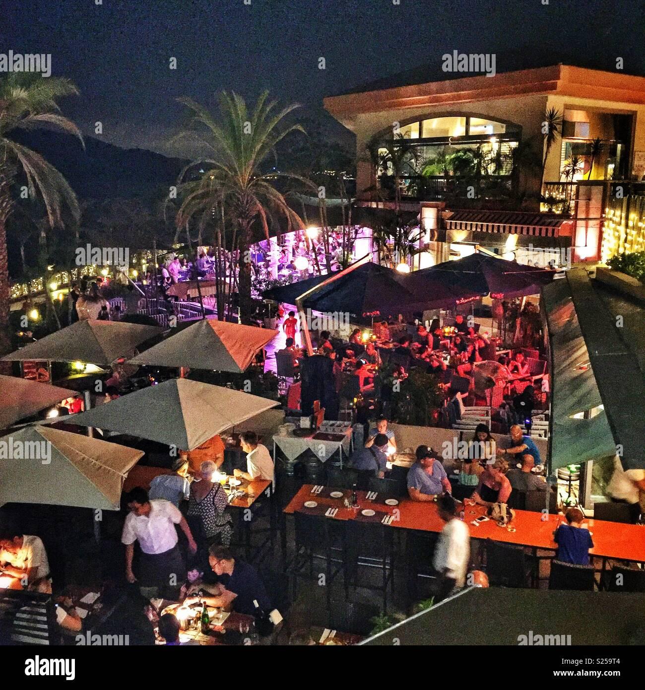 Alfresco restaurant dining in Discovery Bay, Lantau Island, Hong Kong - Stock Image