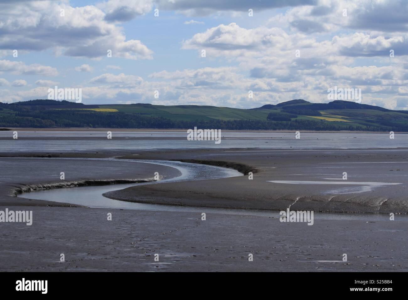 Tay estuary tide out - Stock Image