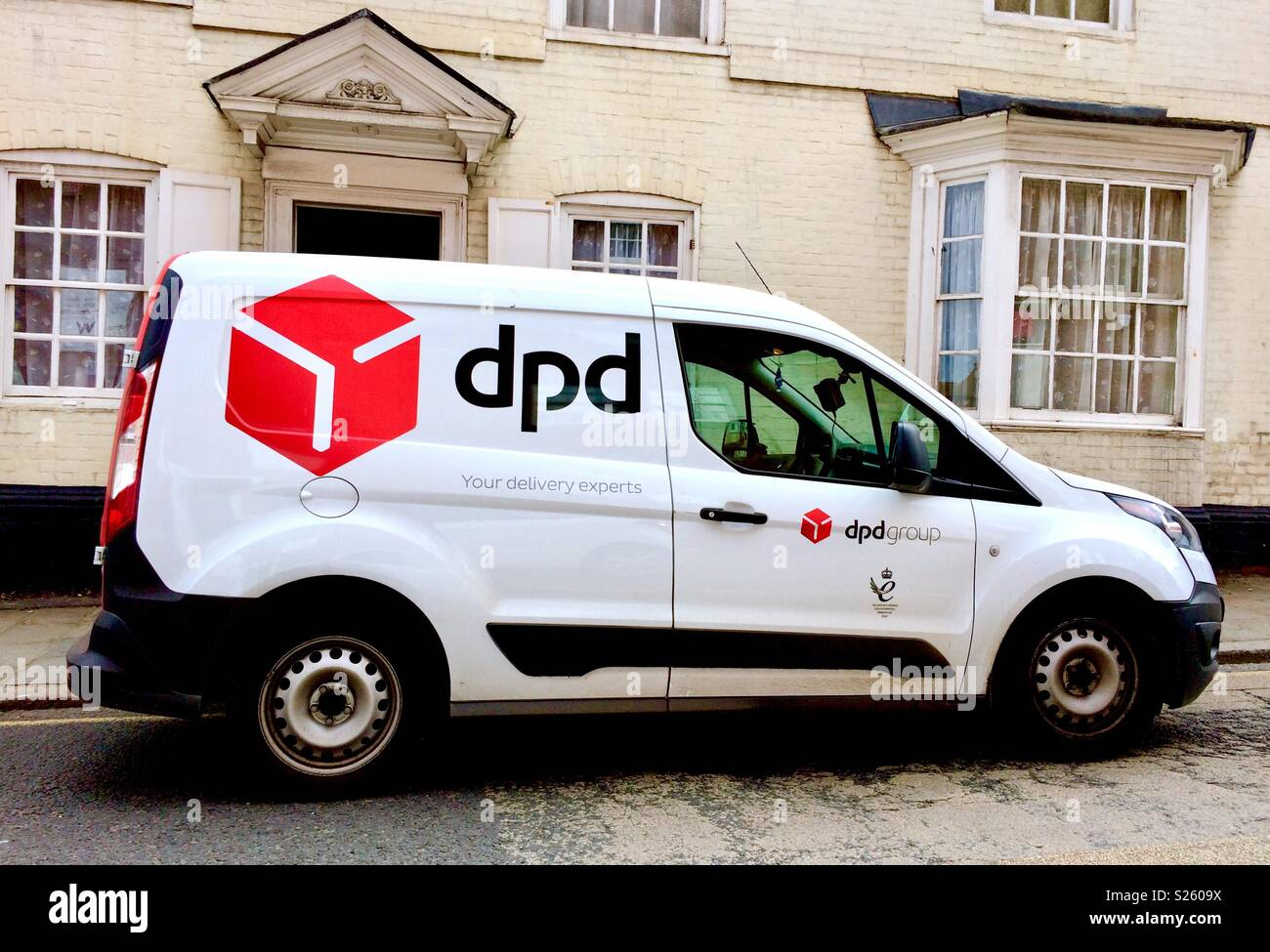 Dpd Delivery Van Stock Photos Amp Dpd Delivery Van Stock