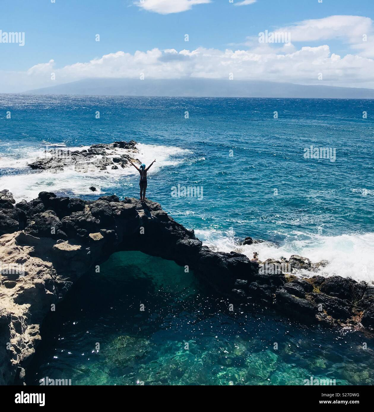 2b1aeb25f5f Me getting ready to jump in giving out the peace sign! Can t get enough of  this tide pool! Such a hidden beautiful gem! Summertime in Maui No Ka Oi!