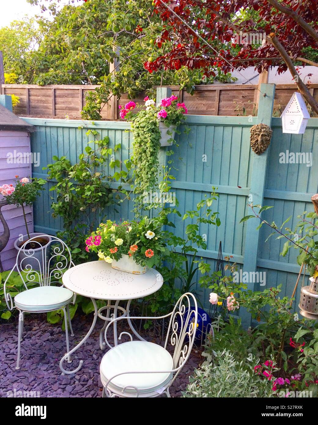 Very Small Gardens High Resolution Stock Photography And Images Alamy