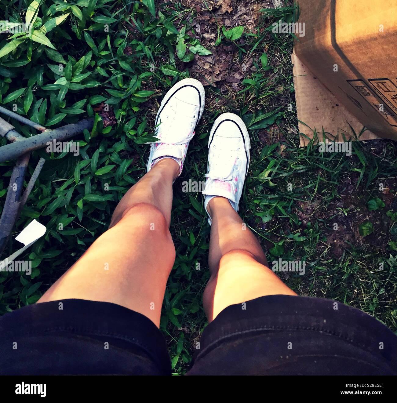 JASMINE: Tan legged juliet