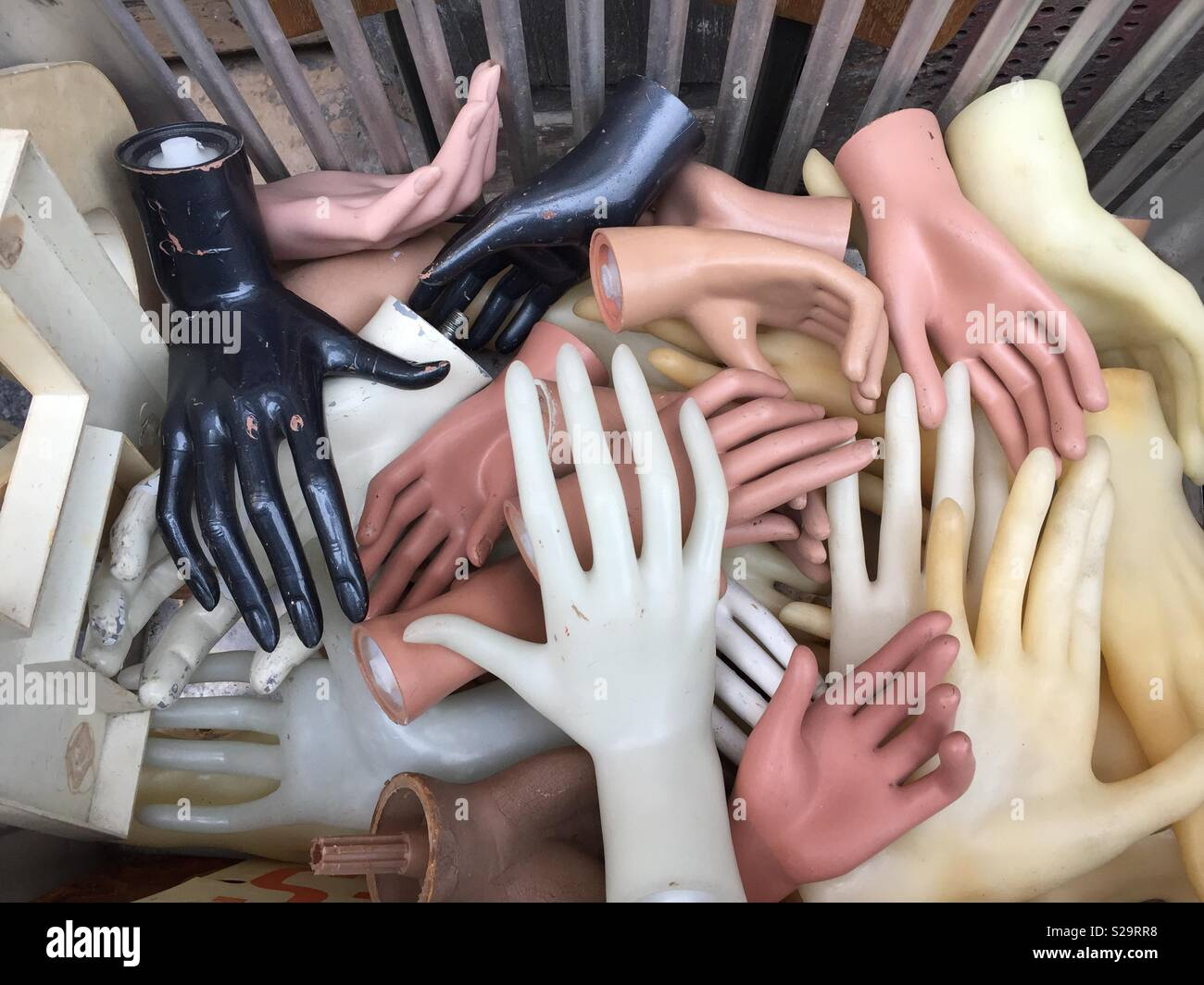 Mannequin Hands Stock Photos & Mannequin Hands Stock Images - Alamy