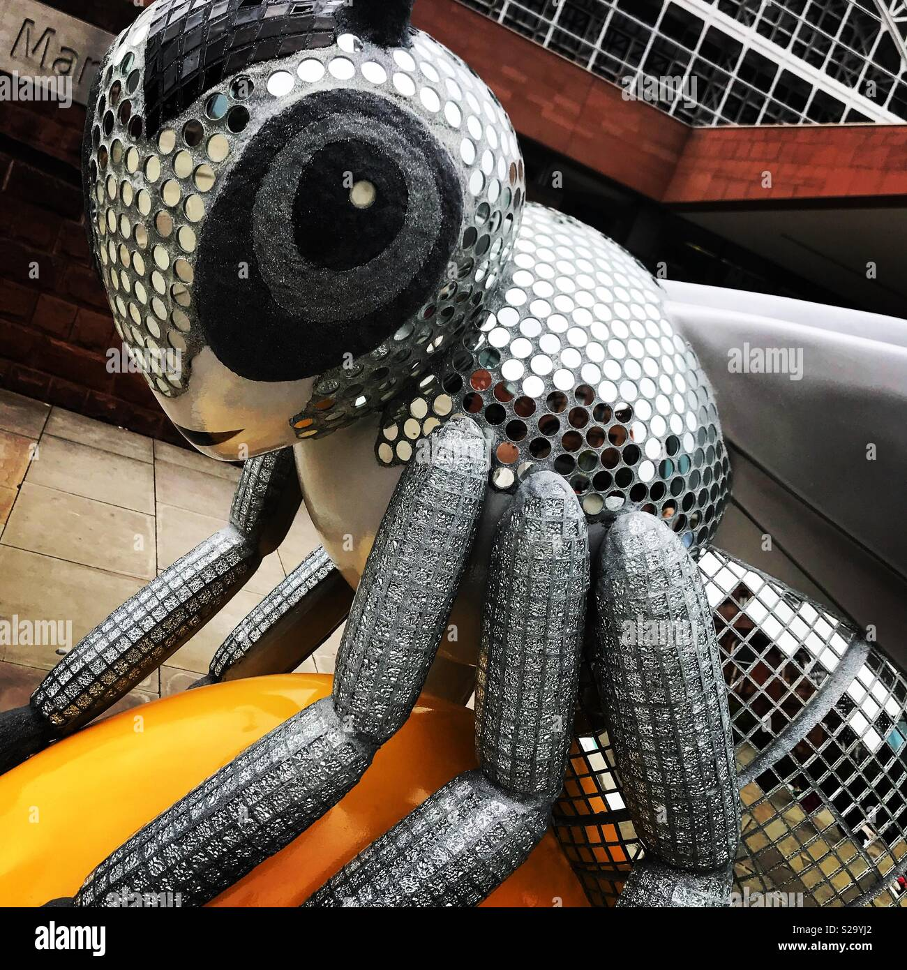 Bling bee, Manchester bee in the city trail - Stock Image