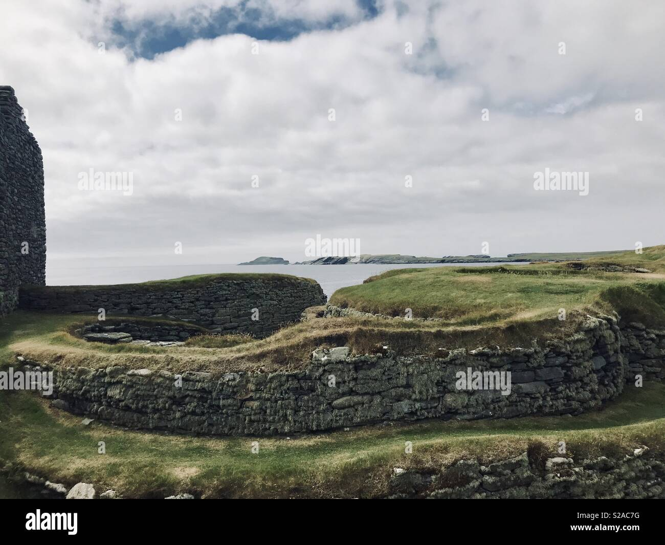 Norse settlement at Jarlshof Scottish archeological site, Shetland Islands - Stock Image