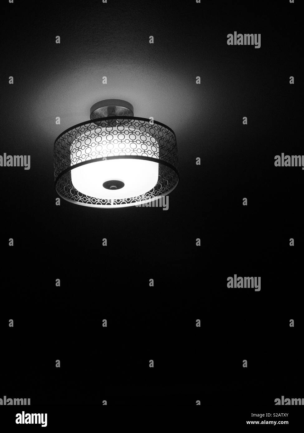 Black and white light in the shadows - Stock Image