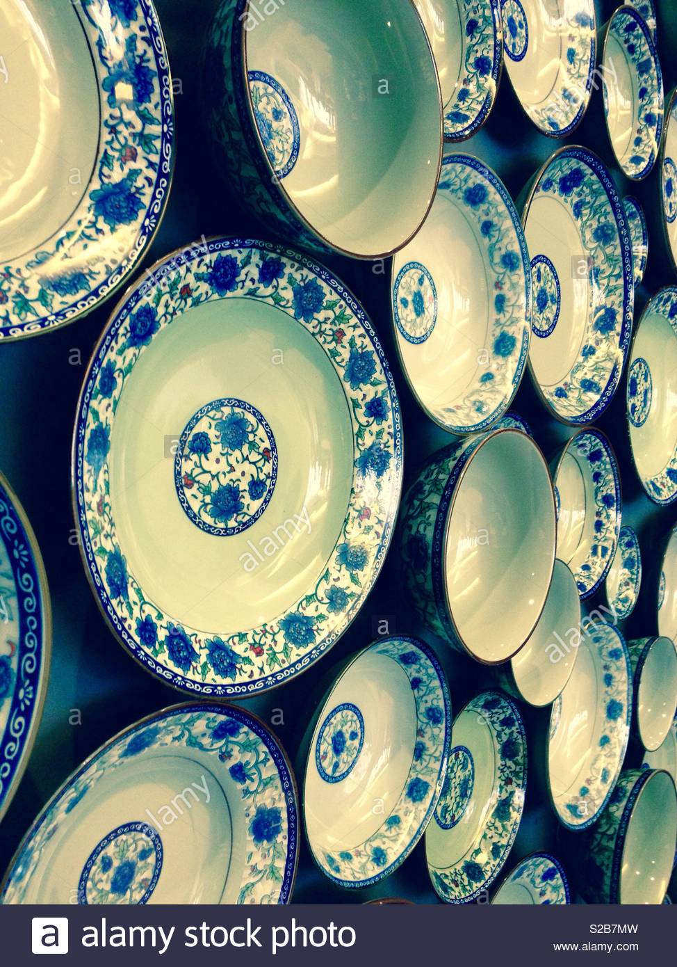 A Plate On A Wall Stock Photos & A Plate On A Wall Stock Images - Alamy