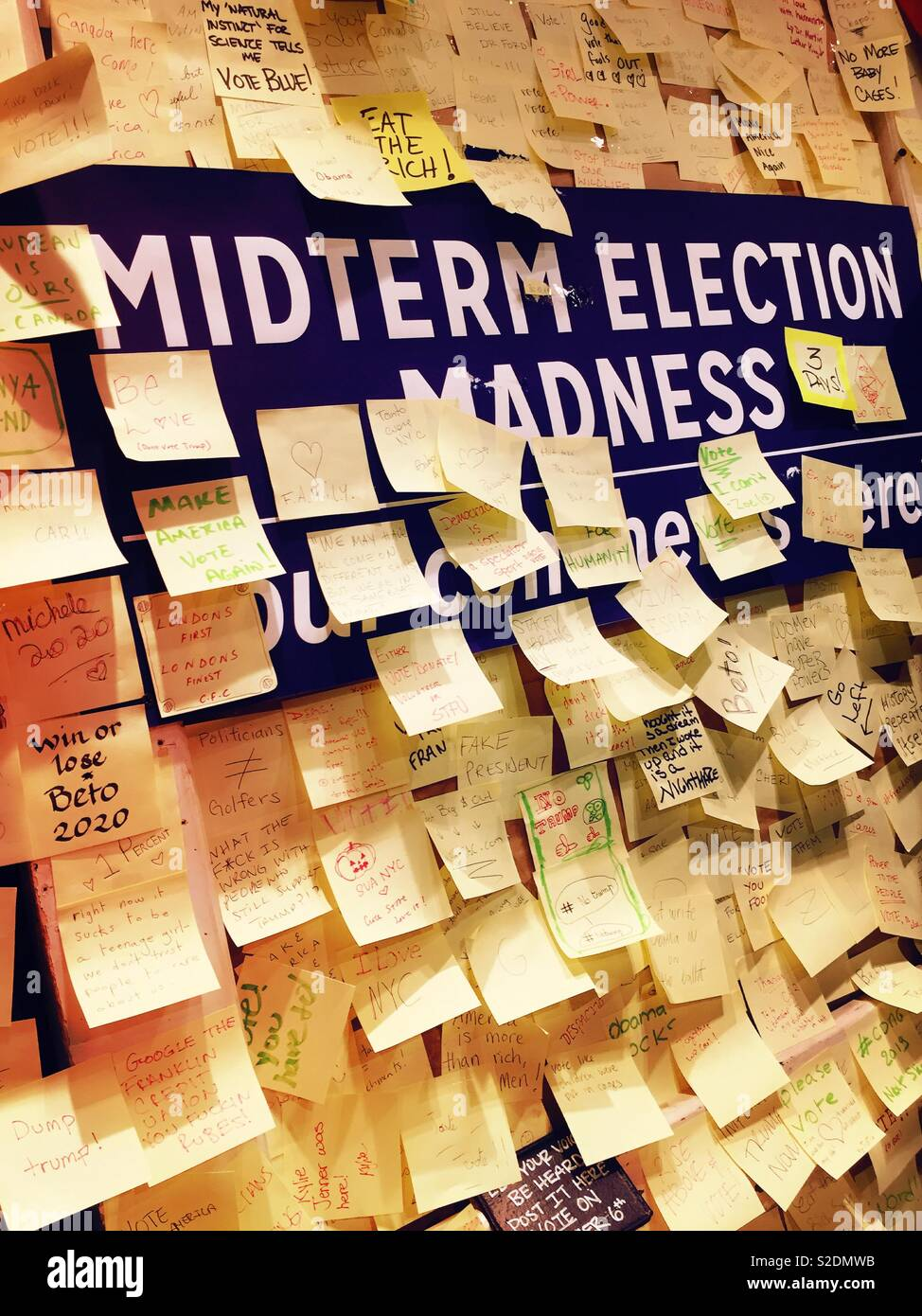 Public bulletin board soliciting comments on the 2018 midterm elections, NYC, USA - Stock Image