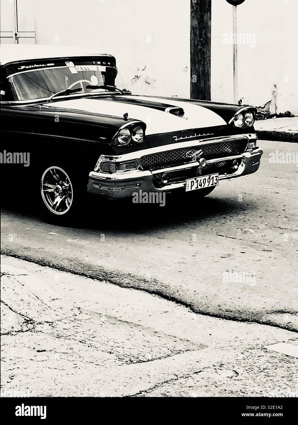 Black and white classic car in Cienfuegos Cuba - Stock Image