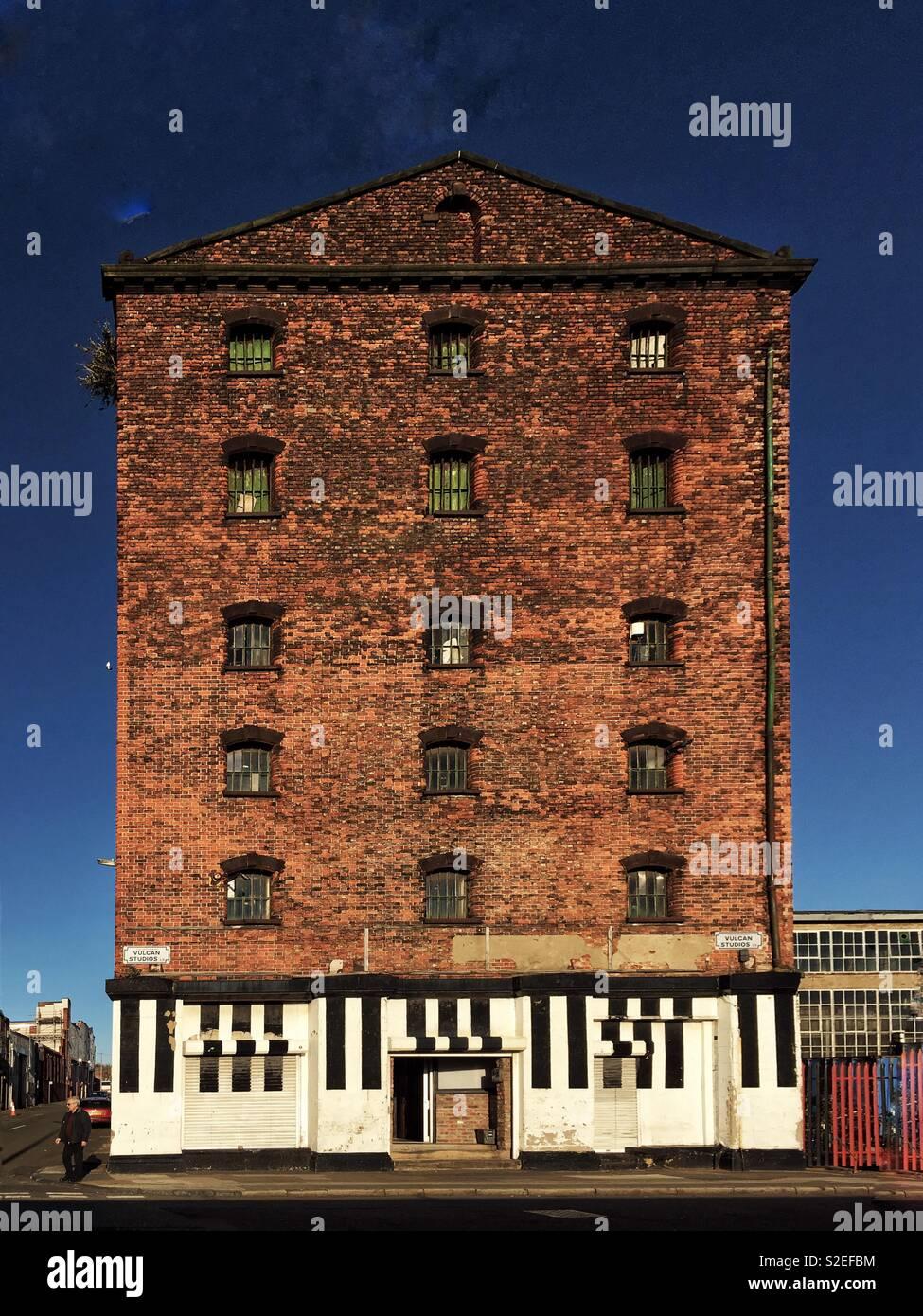 Vulcan Studios, Waterloo Rd, Liverpool - Stock Image