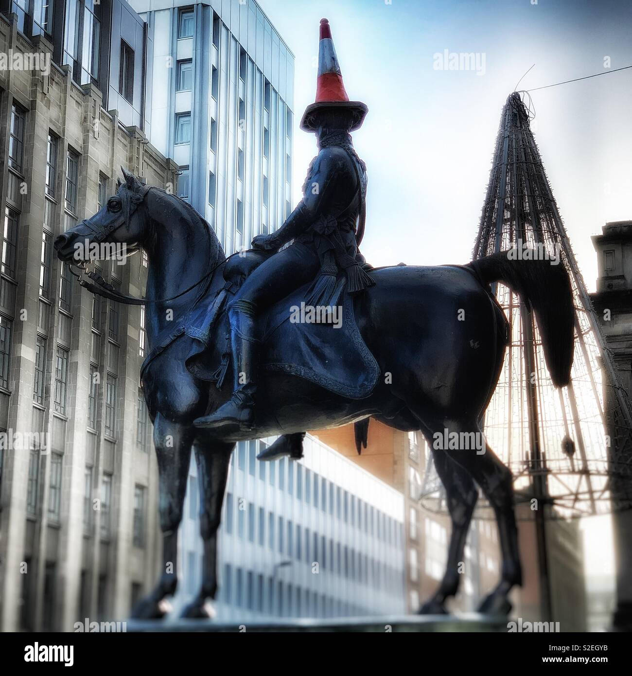 Duke of Wellington Statue, Glasgow, with Traffic Cone on his head. - Stock Image