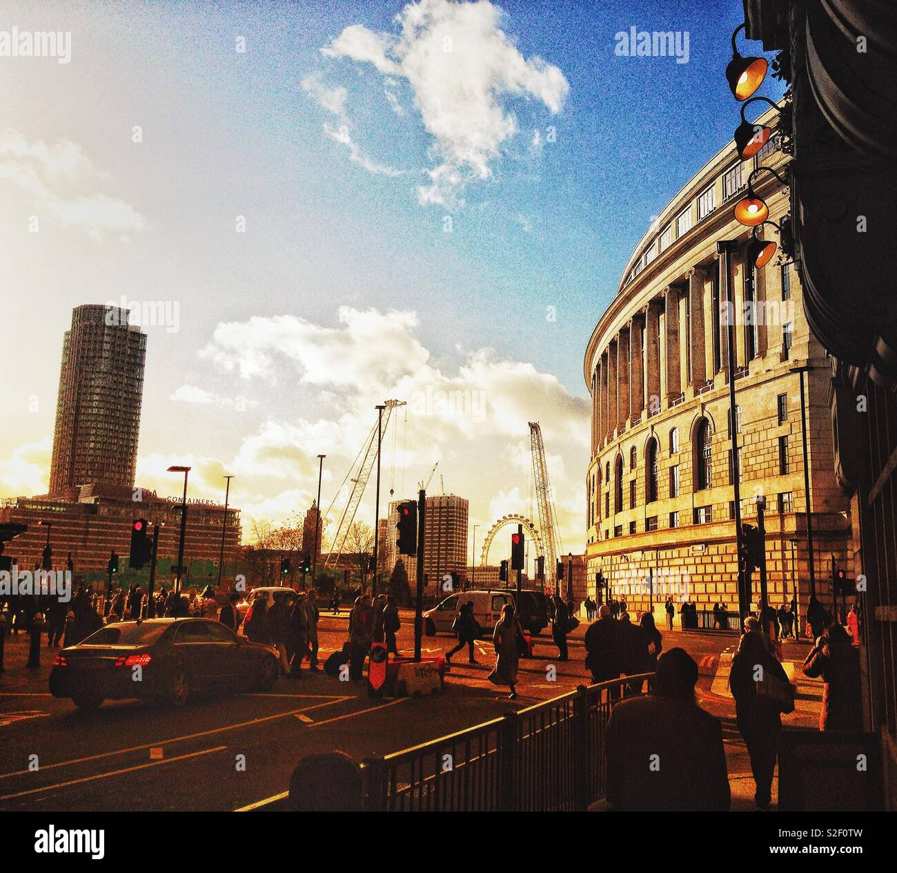 Bustling Autumn cityscape at Blackfriars, London showing the elegant Neoclassical Art Deco Unilever building - Stock Image