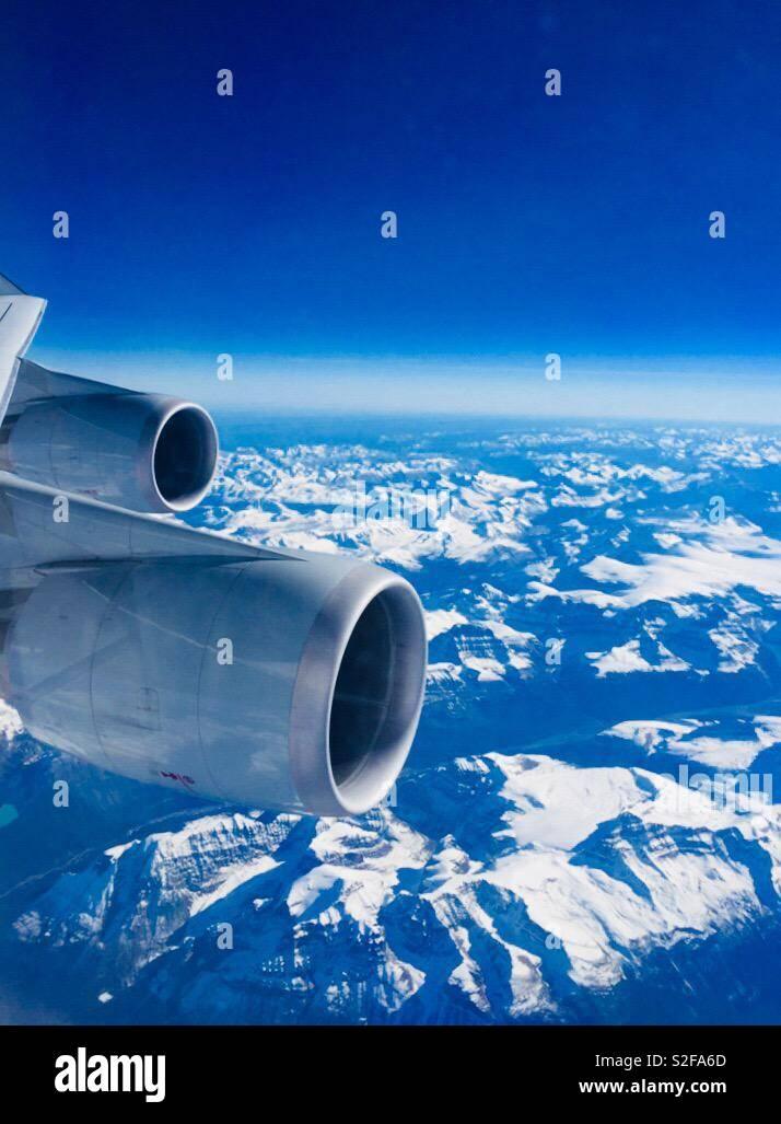 Schneeberge und Flugzeuge - Stock Image