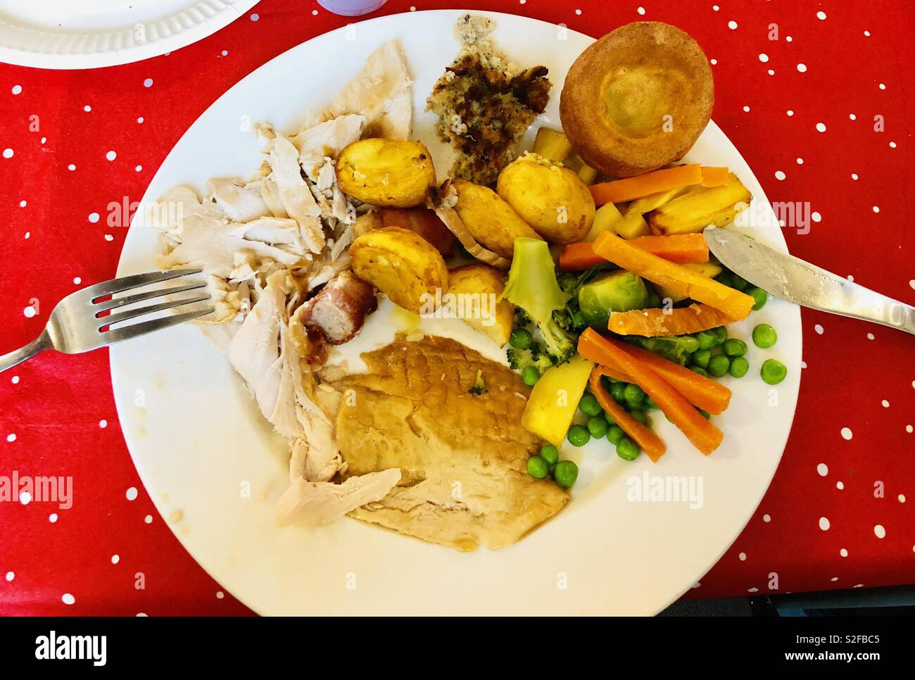 Traditional English Christmas Dinner.Traditional English Christmas Dinner With Turkey Rosters