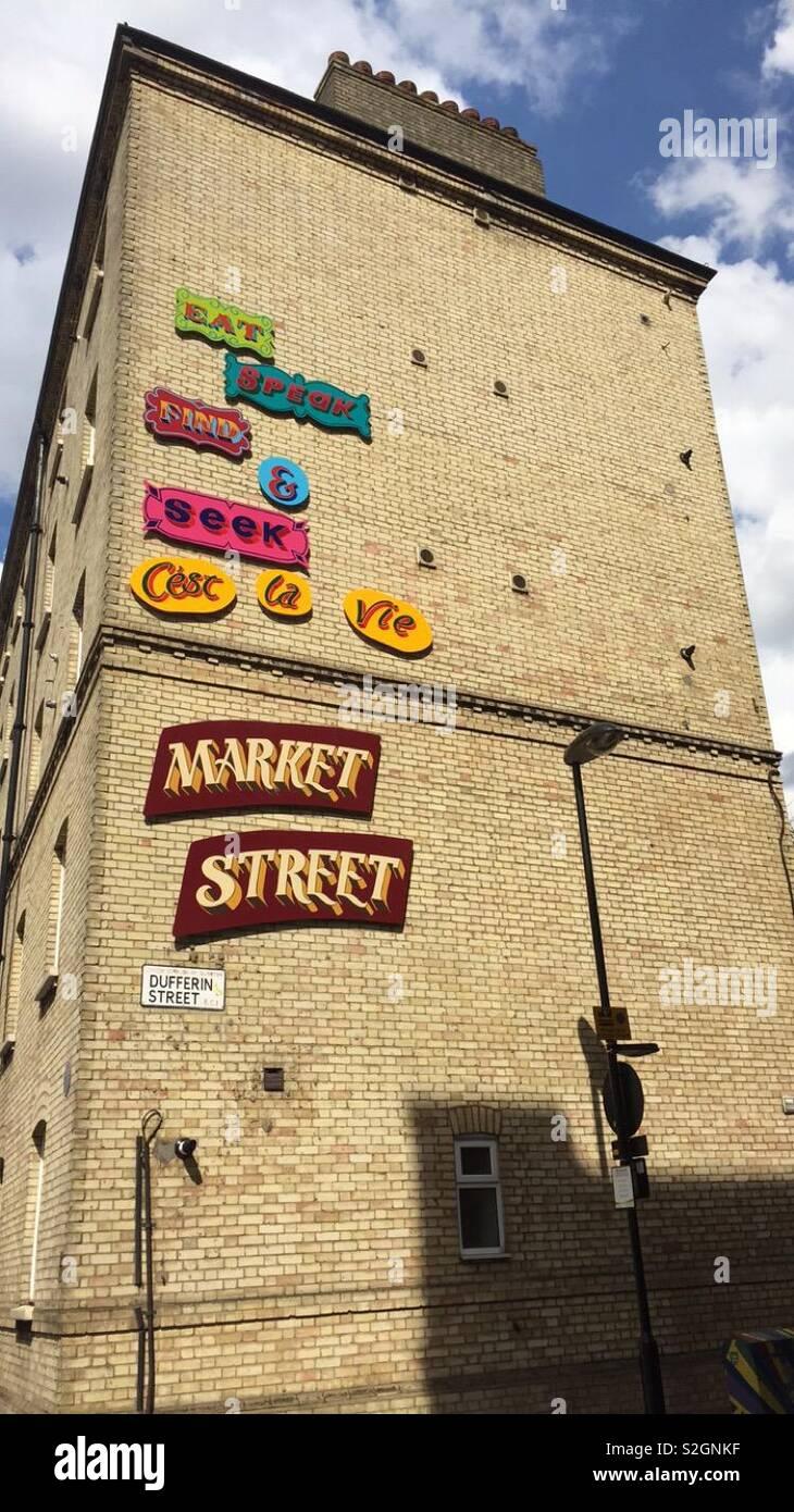 Dufferin Street Art London - Market Street Stock Photo