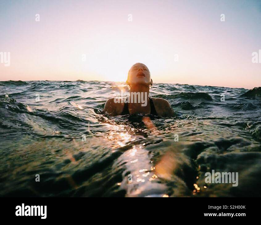 I feel myself like queen of the ocean - Stock Image