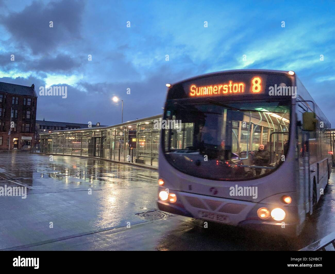 No. 8 to Summerston on a cold, wet morning, Partick, Glasgow. Scotland. UK. - Stock Image