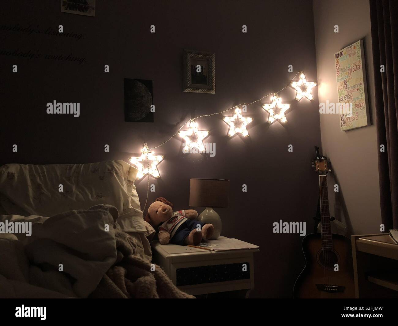 Star lights in a bedroom Stock Photo: 311403817 - Alamy