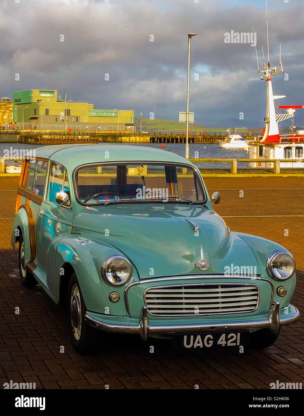 Classic car, Morris Minor Traveller. Greenock. Scotland. UK. - Stock Image