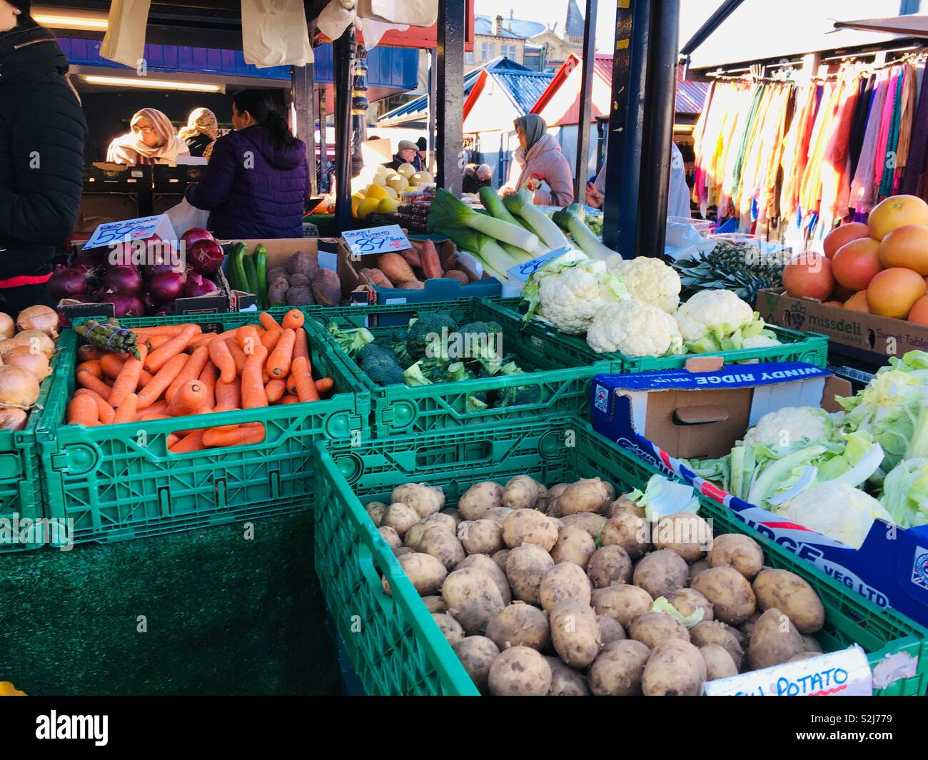 Fruit and vegetable stall at Dewsbury market, Yorkshire - Stock Image