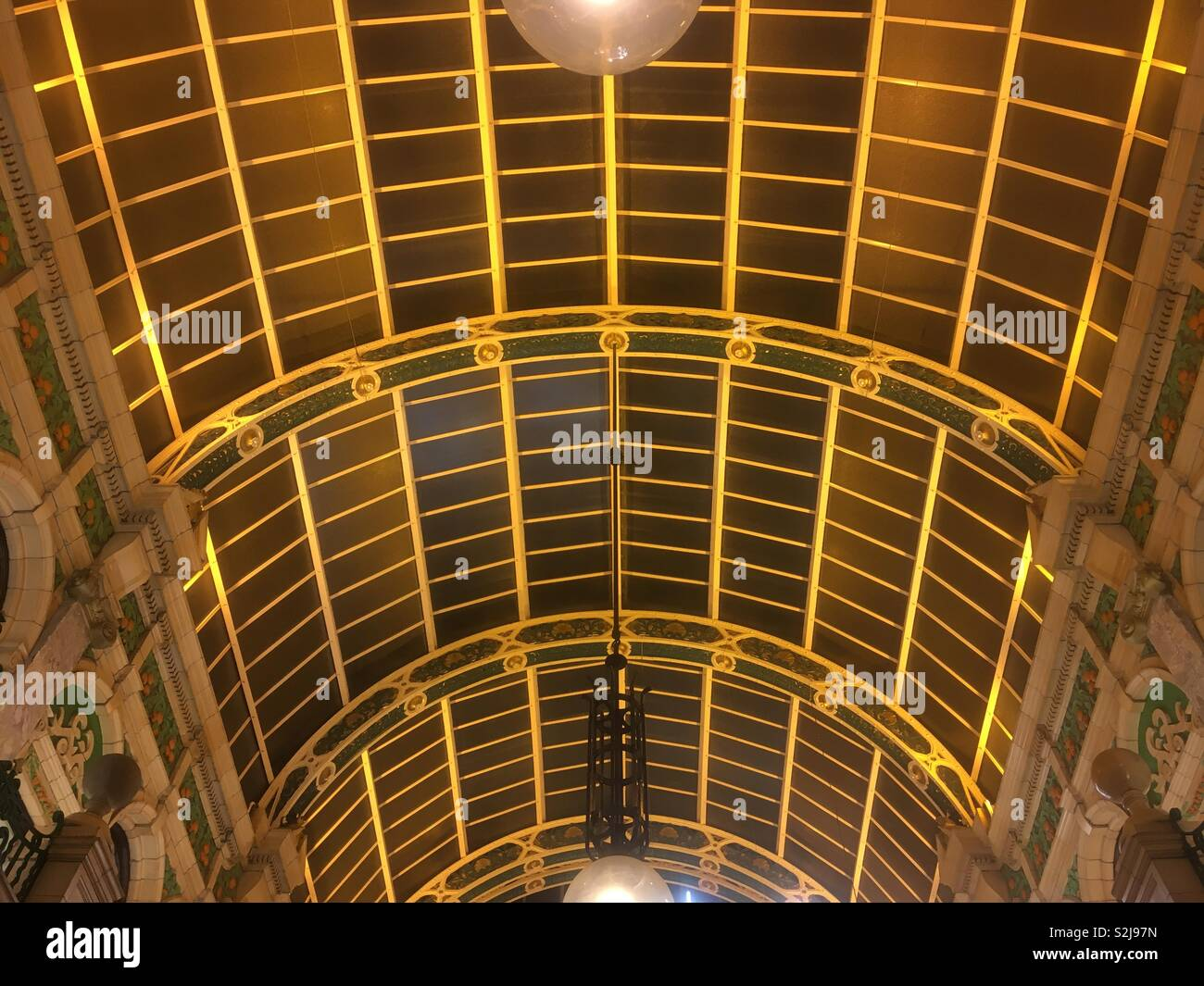 Arched roof of The Victorian Arcade, Leeds - Stock Image