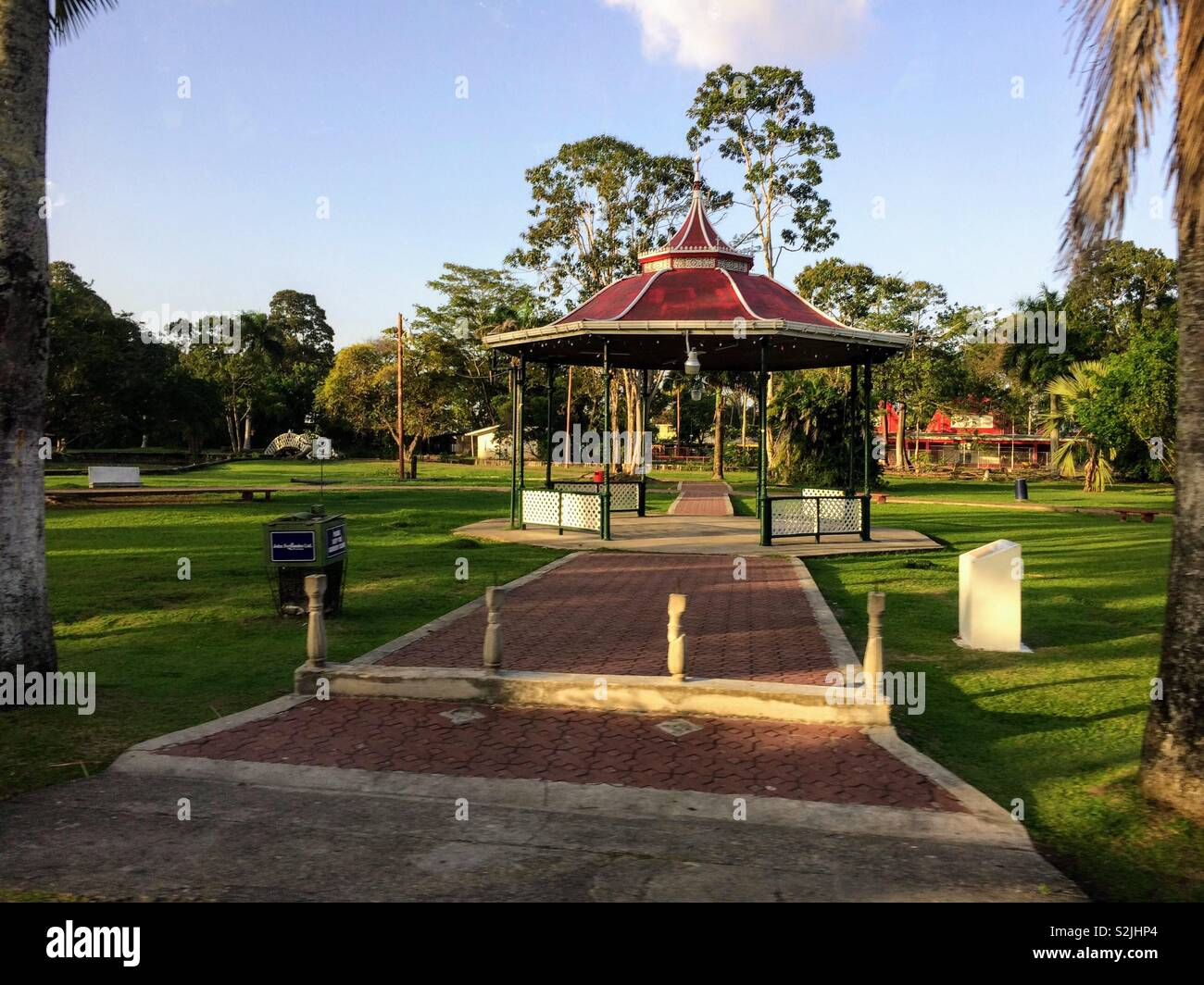 Bandstand in Georgetown botanical gardens - Stock Image