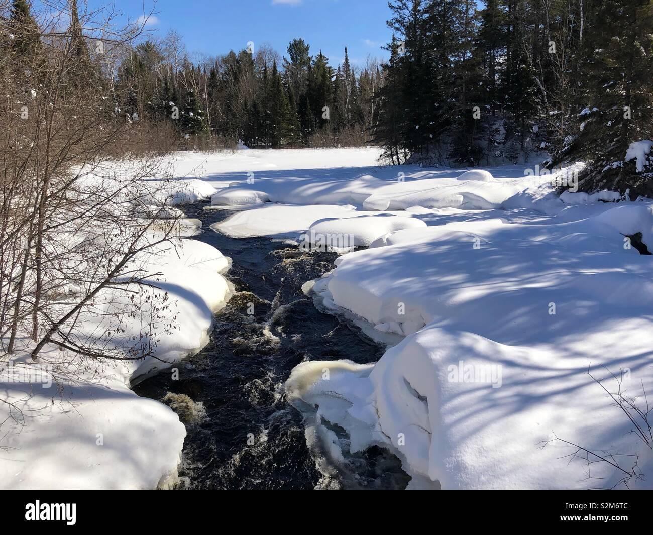 Walking By Wingra Creek In Snow >> Wisconsin Snow Stock Photos Wisconsin Snow Stock Images Alamy